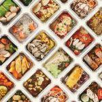 Rangées de plats à emporter