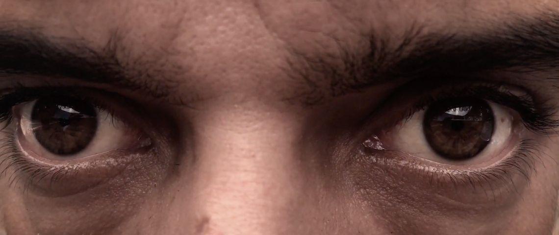 regard d'un homme en colère
