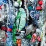 Déchets plastiques compactés
