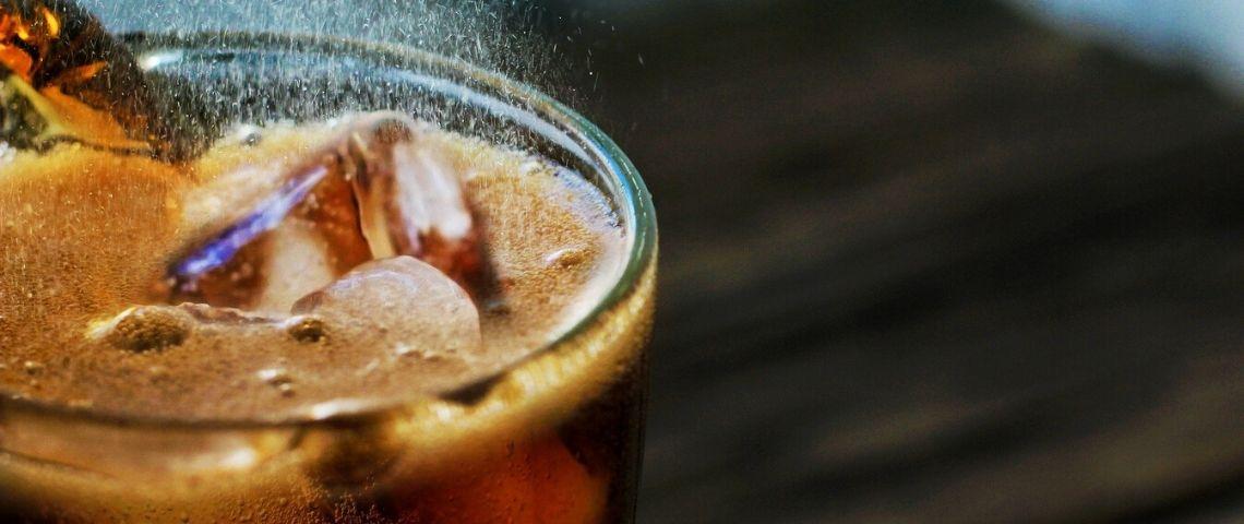 Soda dans un verre