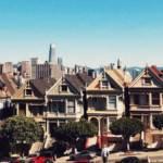 Des maisons devant un parc à San Francisco