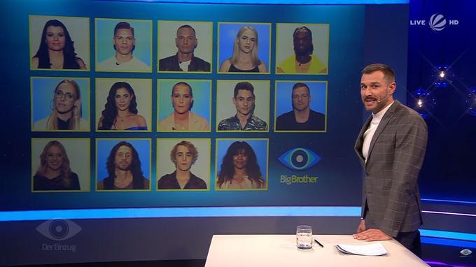 le présentateur de l'émission de télé-réalité allemande Big Brother sur le plateau