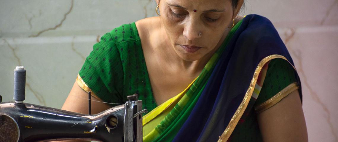 Une couturière indienne