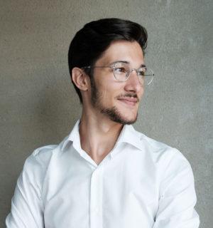Portrait de Théo Scubla