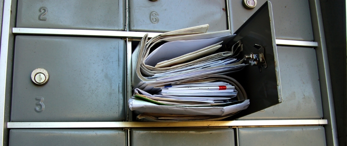 Une boite aux lettres remplie