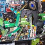 Tas de déchets électroniques
