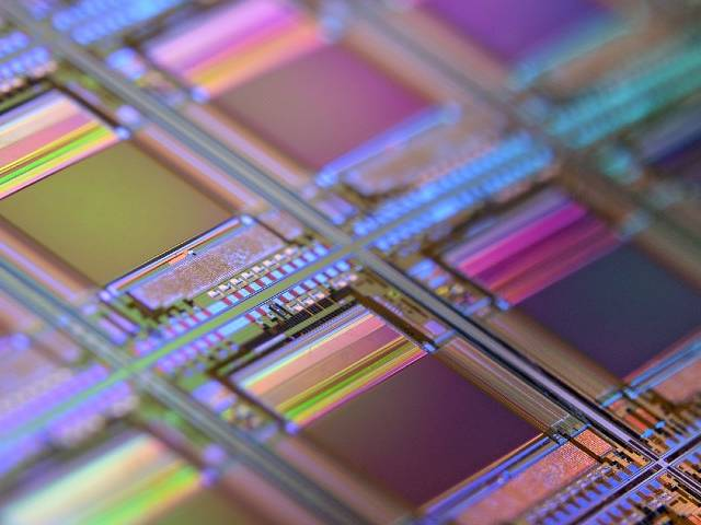 Puces en silicone aux couleurs arc-en-ciel