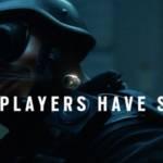 Homme armé avec l'inscription : Good player have skills
