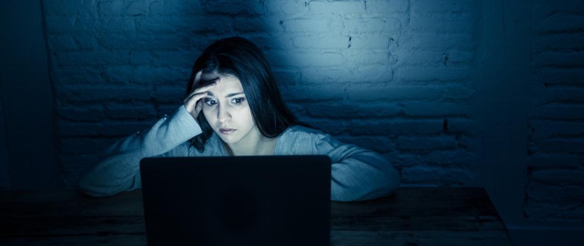 Pornhub accuser de favoriser le revenge porn et les contenus illicites