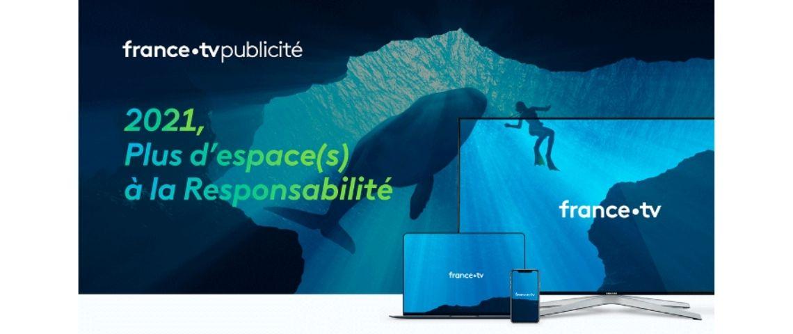Plongeur sousl'eau, à côté d'une balenine, avec le message suivant : 2021, plus d'espaces à la responsabilité