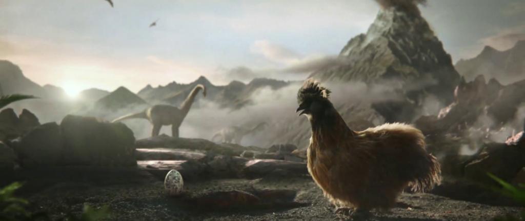 Poule avec des dinosaures derrière