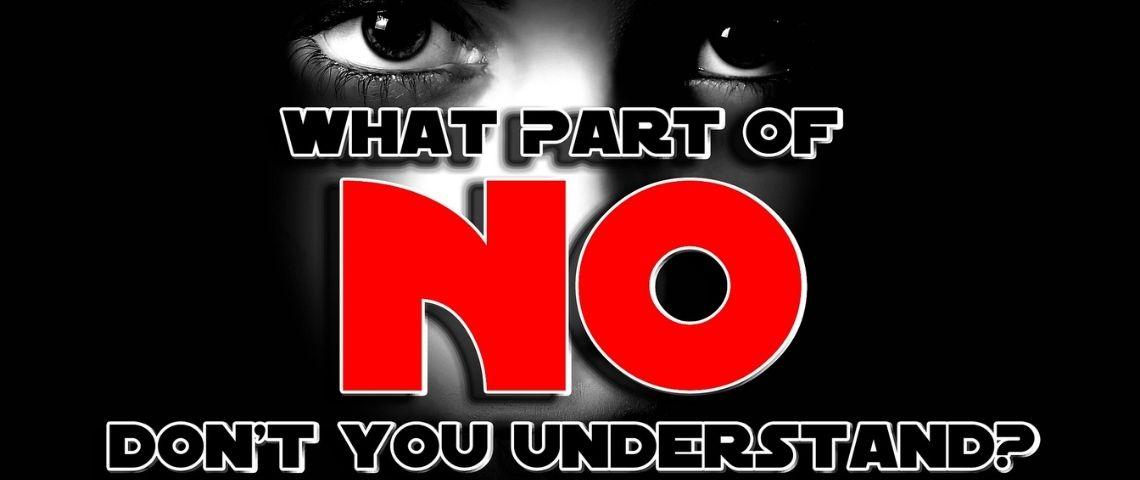 regard d'une femme avec le mesage suivant : What part of don't you understand