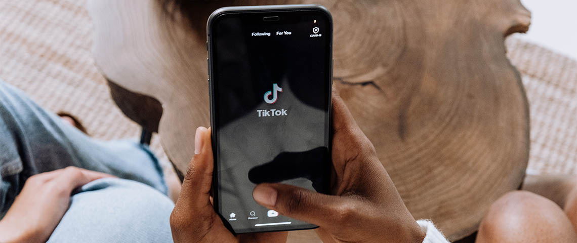 TikTok ou l'hyper fabrique à tendances