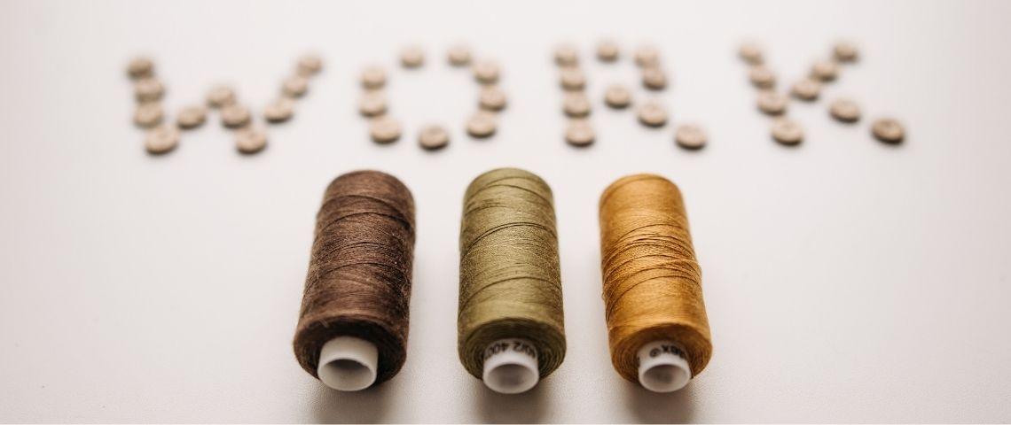 Bobines de fils de couture