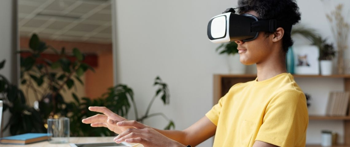 Vivendi, Havas et Bolloré lancent Gabereek, une école digitale en partenariat avec openclassrooms