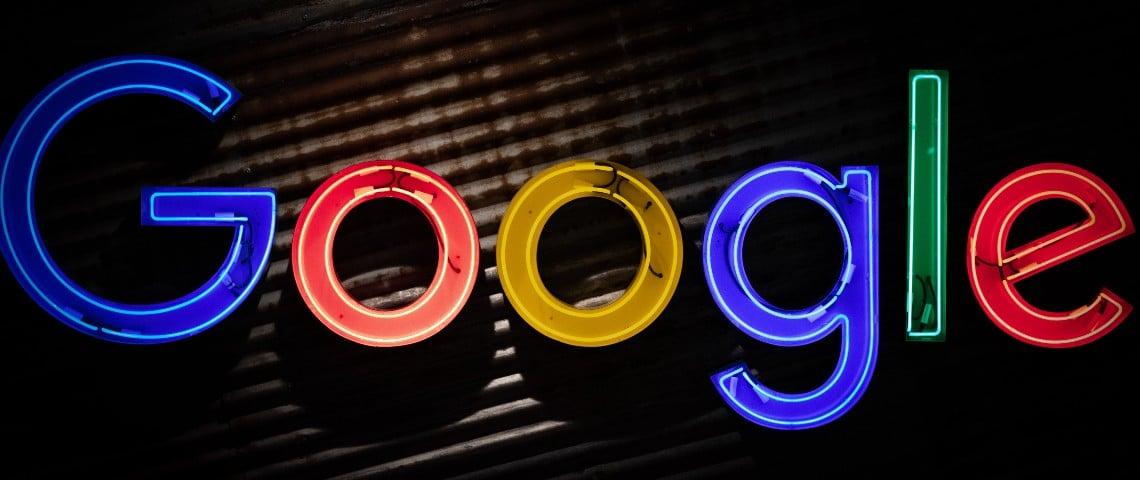 Logo de google en néons