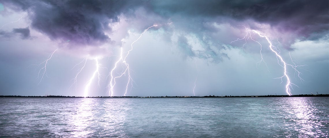orage sur la mer