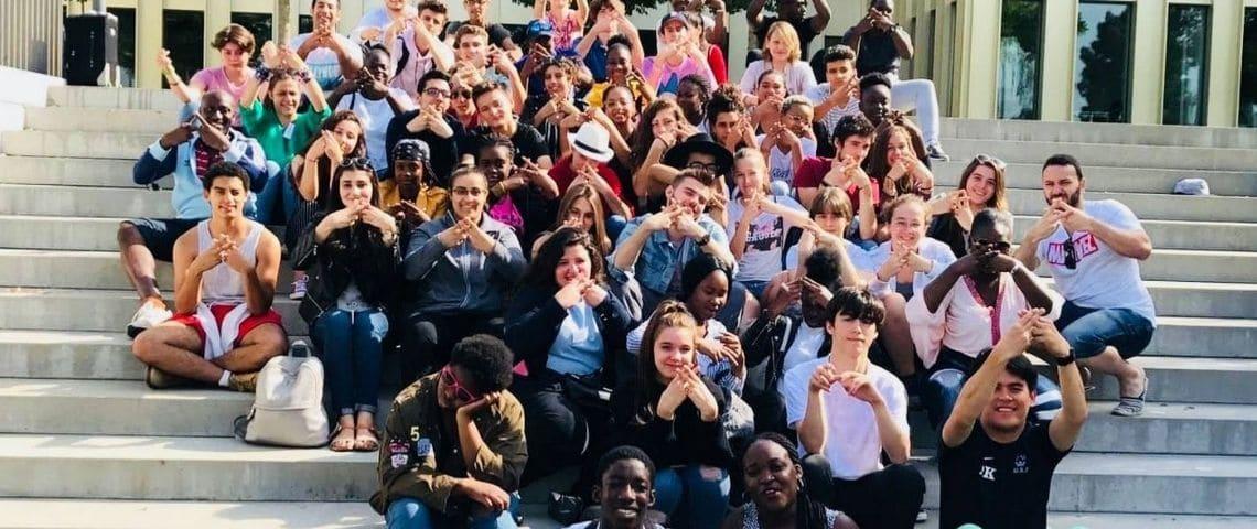 Photo de groupe des participants au concours Eloquentia