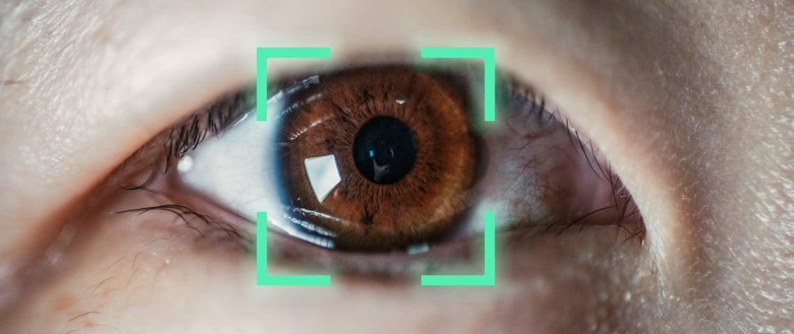 Un oeil analysé par un système de reconnaissance occulaire