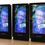 Vincent Cassel sur des écrans d'affichage en gare
