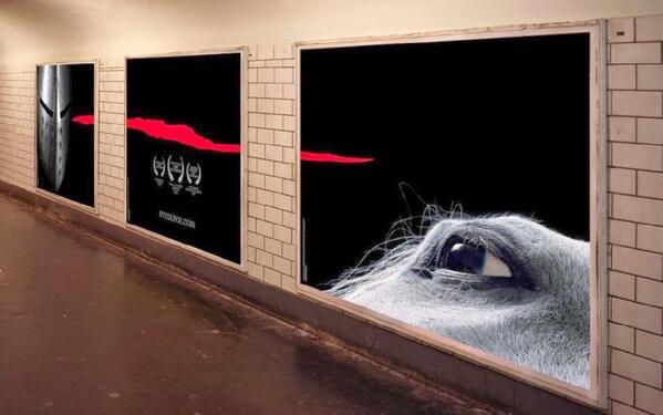 Affichage Puy du Fou dans le metro